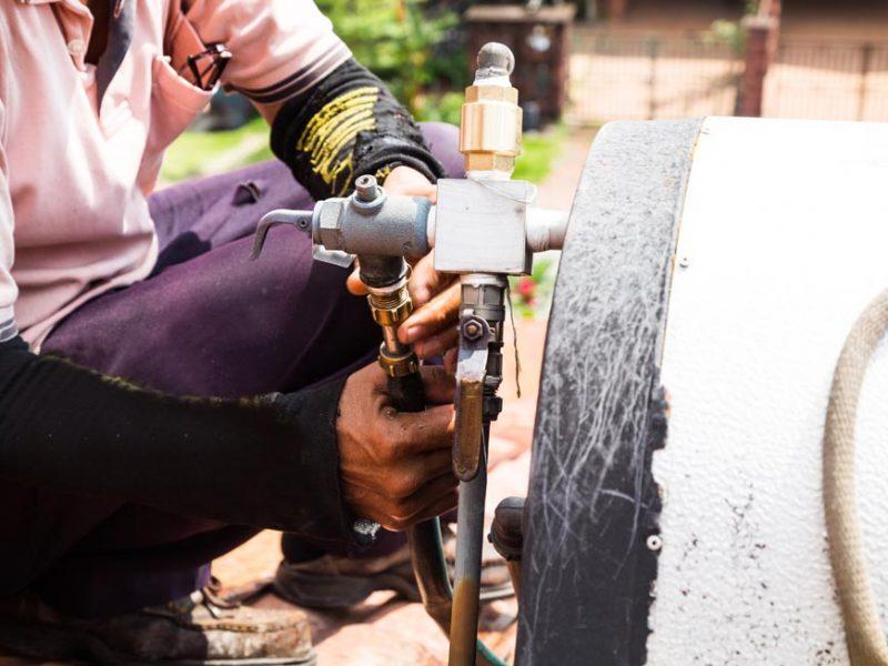 https://ecosolutions.com.mt/wp-content/uploads/2019/07/closeup-worker-fixing-solar-water-heater-on-roof-P7J482E-800x600.jpg